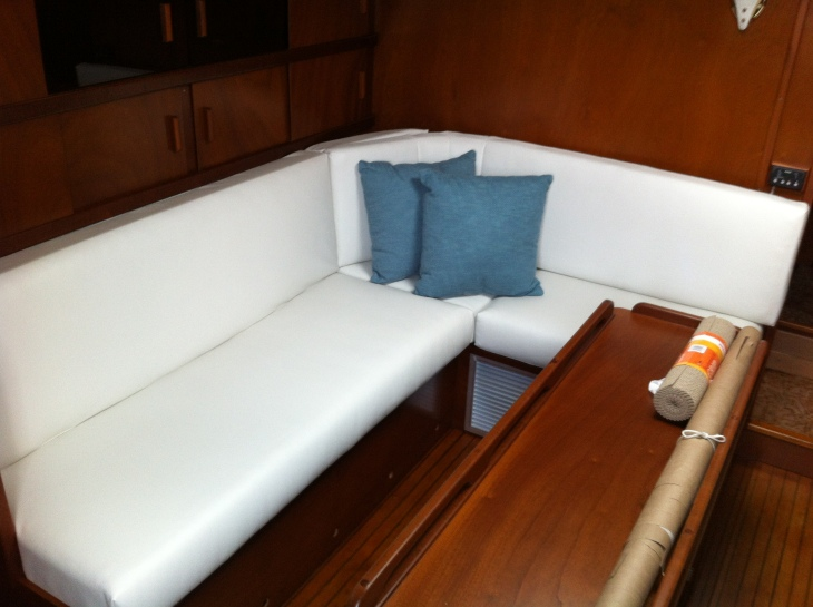 Port Side - New with Pillows